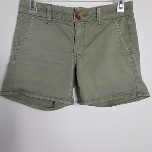 American Eagle Outfitters Midi Shorts Sz 2  (A)
